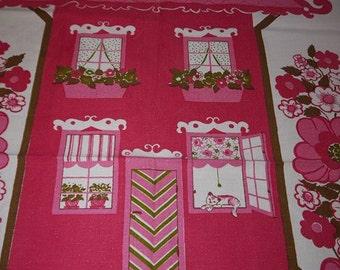Lovely Parade Towel - Swedish Design - Buhler - Sweet House -