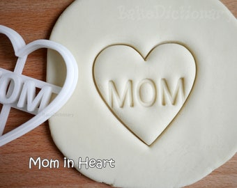 Mom in heart cookie cutter - Mother's birthday cookie biscuit cutter fondant cake toppers decoration gift for Dad gift for Mom - 10064