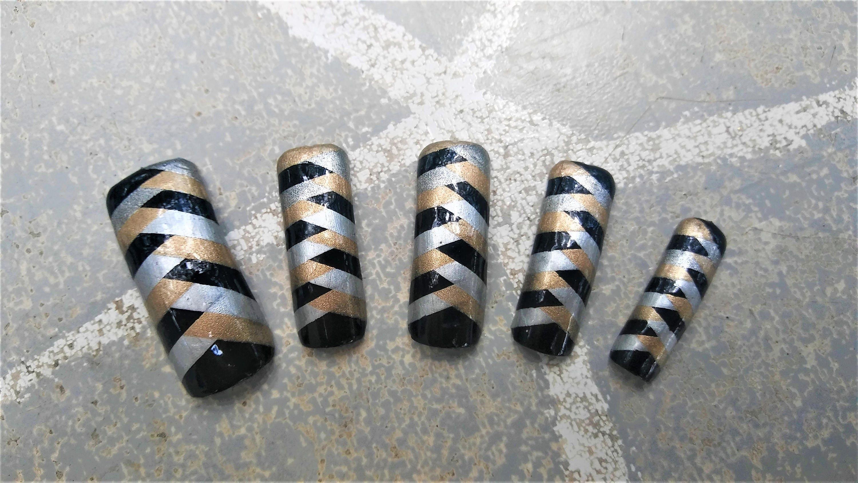 Raffinesse extra lange gestreift Zopf Muster falsche Nägel