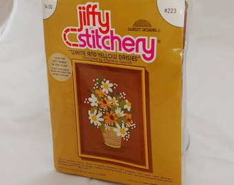 Jiffy Stitchery - White and Yellow Daisies #223