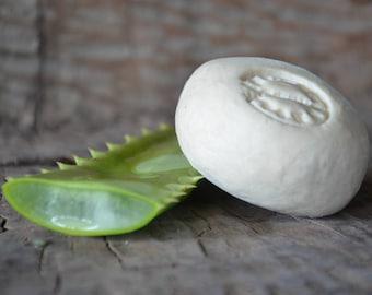ALOE VERA SOAP -  Handmade Soap / Natural Aloe Soap/ Natural Soap   Vegan Soap  /  Rustic