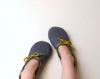 Women slippers, Felted wool women house shoes Grey yellow, wool clogs, valenki, filzschuhe, cozy warm gift for her, bedroom filz slippers