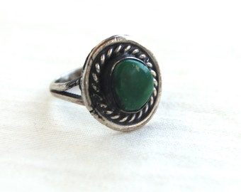 Green Turquoise Ring Size 4 .5 Vintage Southwestern Cowgirl Jewelry Sterling Silver Round Pinky or Midi Ring