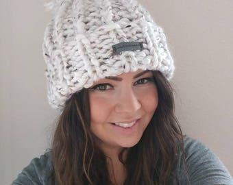 USA Bulky Knit Hat