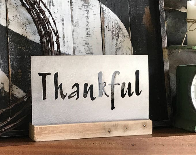 THANKFUL, Metal Thankful sign, Farmhouse Mantle, Rustic Home Decor, Fixer Upper style, Rustic Harvest Decor, Thanksgiving Fall Table Decor