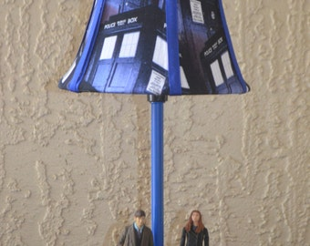 Dr. Who Lamp-Amy & the 11th Doctor