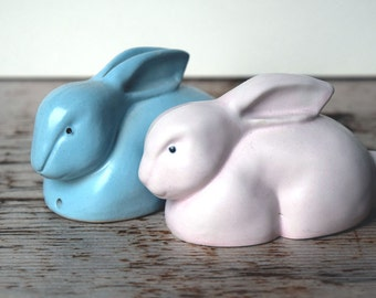Vintage Pentik Murrr Murrr bunny rabbits, light pink and baby blue, made in Finland in the 1980's