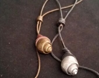 Bronze Shell Lariat Necklace