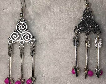 Silver dangles with arrows and pink seed bead