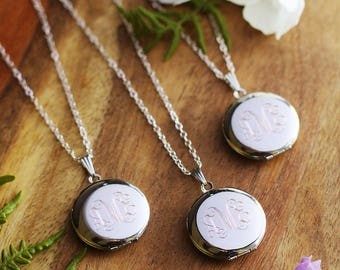 Set of 4 Personalized Bridesmaids Lockets - Custom Bridesmaids Gift - Engraved Bridesmaids Necklaces
