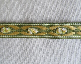 Flat Tape trim gold green ivory