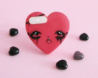 Heartache Doll Face Ring