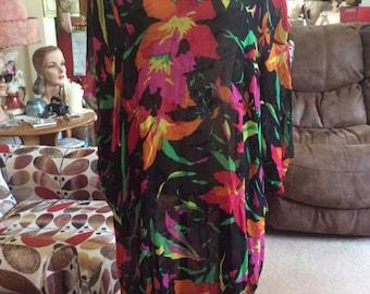 Vintage 1970s 1980s Caftan Tunic Blouse Sheer Nylon/Chiffon Floral