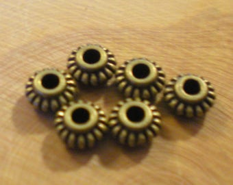 SET of 6 spacer beads 6 mm bronze metal wheel shape