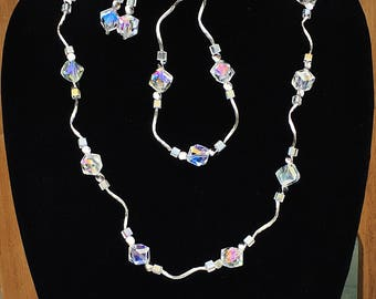 Cube and Swirl Jewelry Set