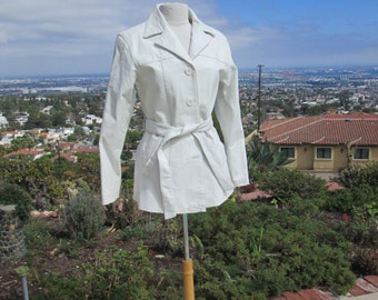 Vintage White Leather Trench Coat Jacket 1980's Perfect Condition Gorgeous Spy Girl Classic Coat