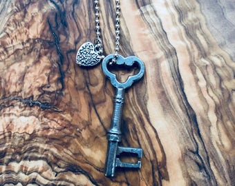Ornate Skeleton Key - Vintage Key Necklace - Steampunk Jewelry - Skeleton Key - Silver Key - Antique Style