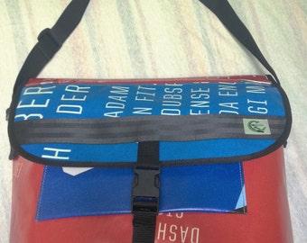 Big multipurpose bag !! Measures 37 cm high X42cm wide. Base of 41cmX 13cm.