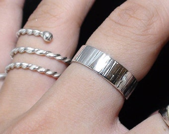 Line/Straight Hammered Silver ring, Sterling 925 Silver ring, Hammered Band Ring