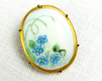 Victorian Forget-Me-Not Handpainted Porcelain Oval Brooch