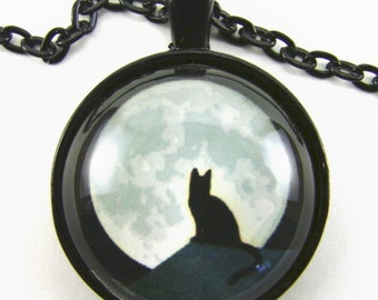 MOON CAT Necklace -- Mystery in the night,  Cat on a rooftop with a glorious full moon, Moonlight romance, Gift for cat and animal lovers