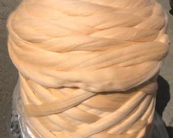 1 kg 2.2 lb Super Bulky 100% Merino Wool Yarn Ball For Arm Knitting