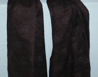 Scarf in chocolate with mechanical embroidery cotton gauze