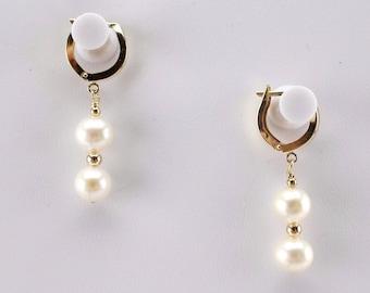 New Cute 14K Solid Gold Huggie Hoop Women's Earrings with two 7 mm Genuine Pearls