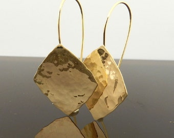 Dangle Gold  Earrings , Hammered gold earrings , Geometric earrings , Elegant earrings .