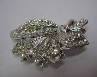 Flower Rhinestone Clear Silver Brooch Vintage Pin
