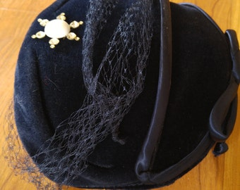 50s navy blue genuine velour cage hat with ribbon bow , netting and diamante brooch detail