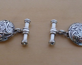 925 Sterling Silver Round Swirl Celtic Classic Chain Link Cufflinks