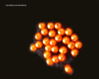 Lots of 20 orange acrylic beads
