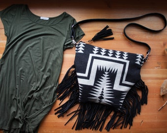 Southwest Fringe Cross Body Purse in Pendleton Wool, Fringe Bag, Western Fringe Purse, Bohemian Bag, Tribal Bag, Black Fringe Bag, Wool Bag