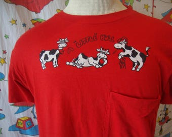 Vintage 80's A Little Bull Cute Funny Cow Pocket Jackson Reunion Red T Shirt Size M