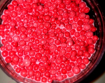 Strawberry yogurt (scented strawberry )