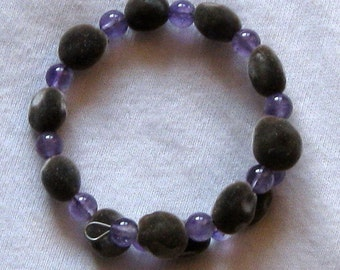 Hawaiian mgambo seed and 6mm round amethyst bracelet - handmade in Hilo, Hawaii
