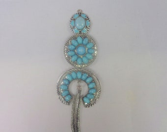 Stunning dream catcher pendant with turquoise decoration