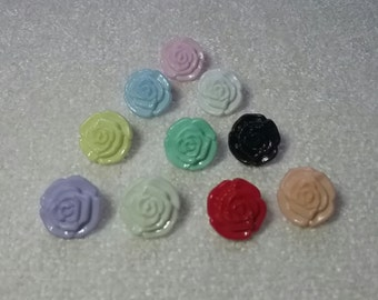 10 x multicoloured rose flower buttons