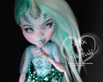 Monster High OOAK Custom Doll Ever After  Draculaura Mint Unicorn