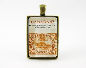 Red Beaver Pendant, 2001 Canada Postage Stamp Necklace, OOAK Animal Jewelry, Canada Post, Canada Day, Antique Bronze, Rectangle, Long Chain