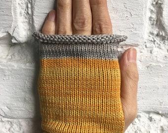 Yellow Cotton Gloves, Mustard Knit Gloves, Vegan Gloves, Vegan Wristwarmers, Yellow Wristwarmers, Mustard Fingerless Gloves, UK Gloves,
