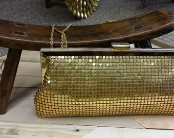 Vintage La Regale Golden Mesh Link Evening Convertible Purse