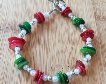 Christmas holiday red & green natural shell discs in a beaded bracelet with pearls and silver accents