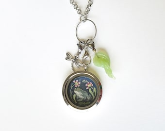 Frog Toad Locket - Toad Jewelry - Frog Toad Charm Necklace - Floating Locket Necklace - Mothers day gift - Wearable Art