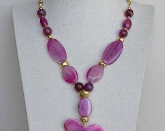 Necklace in Fuchsia agates