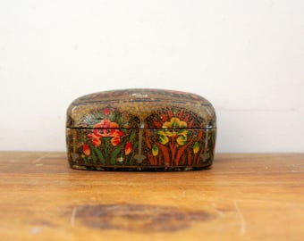 vintage 60s Painted Floral Worn and Lovely Little Jewelry Box