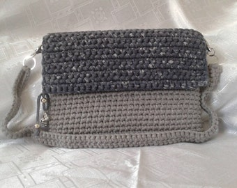 "Bag of pouch-holster iPad 12.9 ""or tablet. by hand, crochet."