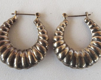 Vintage Sterling Silver Puffy Round Hoop Scalloped Dangle Earrings