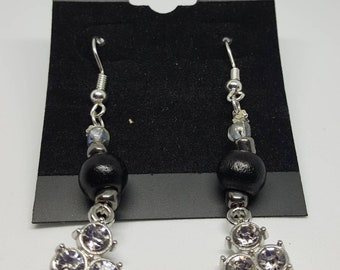 Light In Darkness Enterprises, Hand Crafted Earrings, Black
